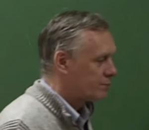Общая теория относительности и геометрическая теория дефектов